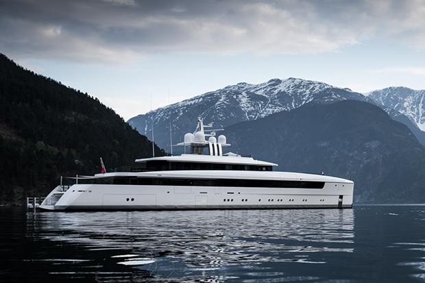 Vitruvius Yacht